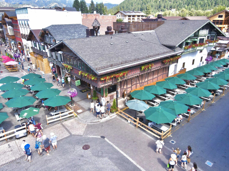 colchucks-stein-leavenworth-outdoor-dining